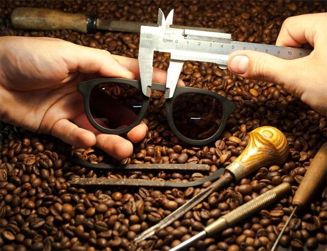 Очки из 100% арабики: кофейный жмых заменит пластик