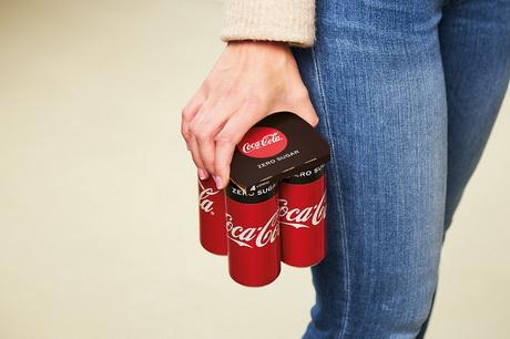 Coca-Cola представила держатель для групповой упаковки банок без использования пластика